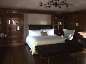 Tête de lit carreaux , base , coussins